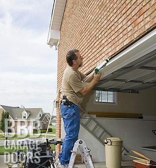 garage-door-repair-320x345